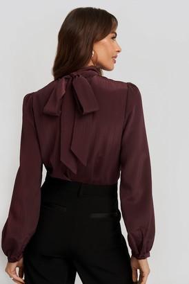 NA-KD Structured Tie Back Blouse Black