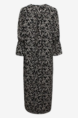Baum und Pferdgarten Adessa Maxi Dress in Ditsy Floral in Black - small | polyester