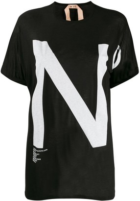 No.21 oversized logo print T-shirt