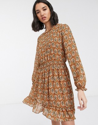 Only chiffon skater dress with ruffle hem in rust paisley