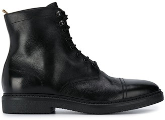 Doucal's Lace-Up Ankle Boots