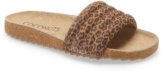 Coconuts by Matisse Stunner Quilted Slide Sandal