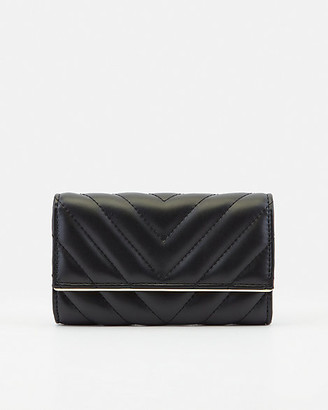 Le Château Quilted Faux Leather Wallet