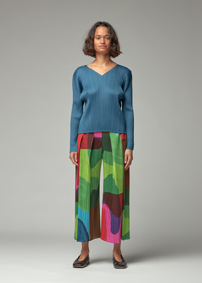 Pleats Please Issey Miyake Women's Long Sleeve V-Neck Top in Teal Blue Size 3