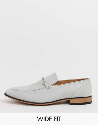 Asos Design DESIGN Wide Fit loafers in pale gray faux suede with snaffle