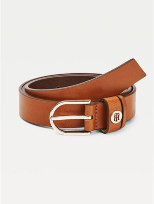 Tommy Hilfiger Rounded Buckle Leather Belt
