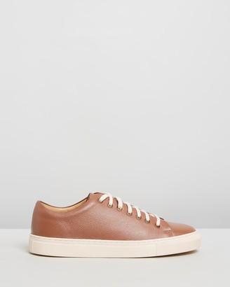 Double Oak Mills Meadows Leather Sneakers