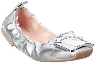 Roger Vivier Viv' Pockette Leather Ballerina Flat