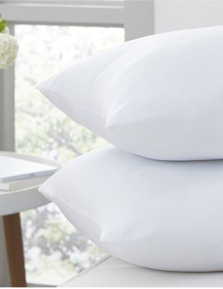 Silentnight Stay Clean Pillow
