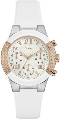 GUESS Women's Quartz Watch W0773L1 with Metal Strap