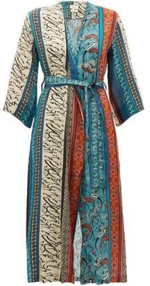 CHUFY Alqamar Printed Robe - Blue Multi