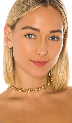 8 Other Reasons Off The Chain Choker