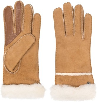 UGG Logo Plaque Gloves