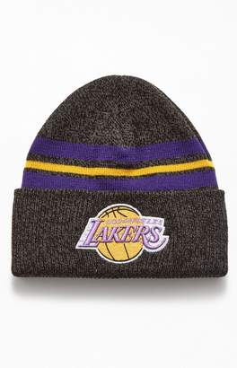 Mitchell & Ness Lakers Stripe Beanie