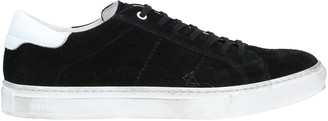 Brian Dales Low-tops & sneakers