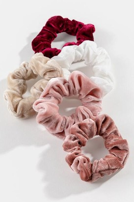 francesca's Lila Velvet Scrunchie Set - Multi