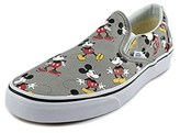 Vans Mens Classic Slip-on Low Top Slip On Fashion Sneakers.