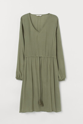H&M Dress with a drawstring