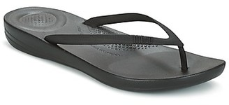 FitFlop IQUSHION ERGONOMIC FLIP FLOP women's Flip flops / Sandals (Shoes) in Black