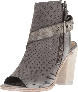 Dolce Vita Women's North Ankle Bootie