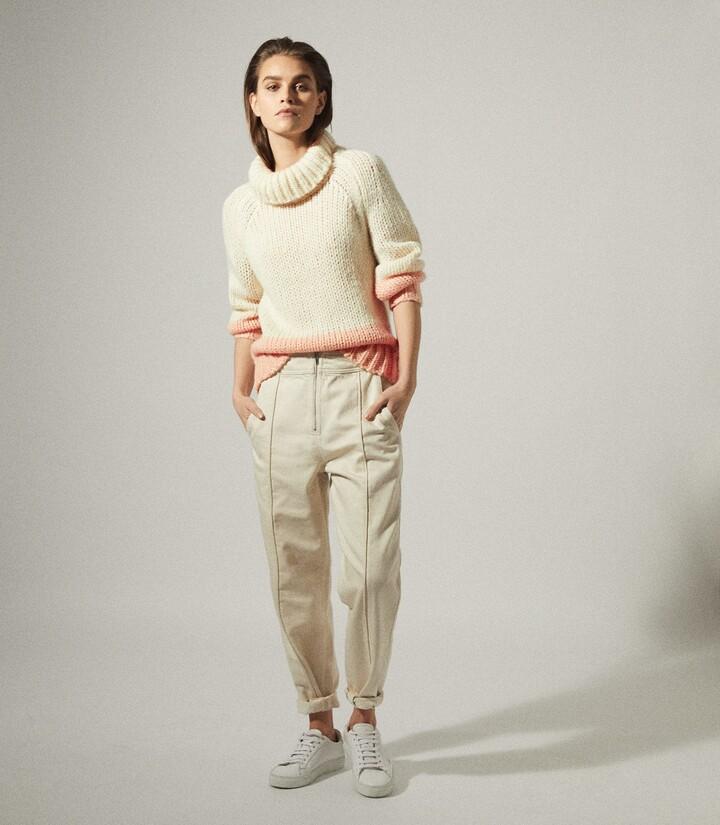 Reiss Hettie - Chunky Knit Roll Neck Jumper in Cream/Pink