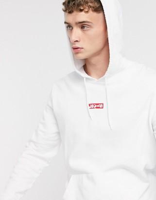 Levi's chest red lazyytab logo relaxed fit hoodie in white