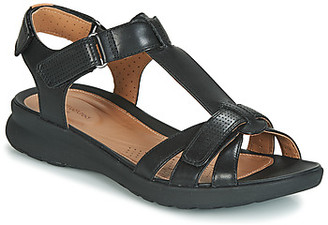 Clarks UN ADORN VIBE women's Sandals in Black