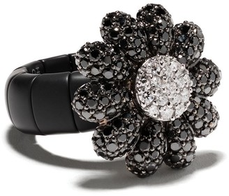 Roberto Demeglio 18kt White And Black Gold Flower Diamond Ring