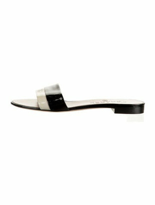 Chanel Interlocking CC Logo Patent Leather Slides Black