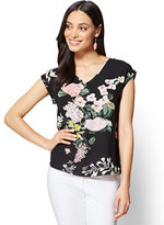 New York & Co. 7th Avenue - V-Neck Hi-Lo Top - Floral - Tall