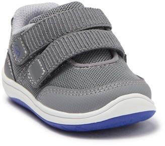Stride Rite Dash Sneaker (Baby & Toddler)