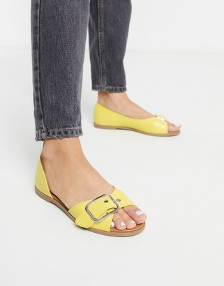 Qupid summer flat shoes in yellow