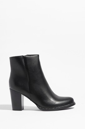 Nasty Gal Womens Let the Stud Times Roll Faux Leather Ankle Boots - Black - 5, Black