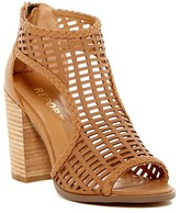 Report Beecher Caged Sandal