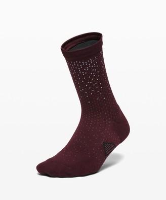 Lululemon Speed Quarter Sock *Reflective