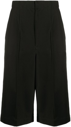Y's High-Rise Exposed-Seam Long Shorts