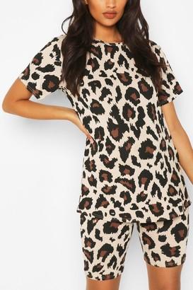 boohoo Maternity Leopard T-shirt & Short Lounge Set