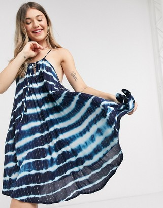 Accessorize relaxed beach dress is blue tie dye