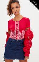 PrettyLittleThing Petite Red Printed Short Sleeve Bodysuit
