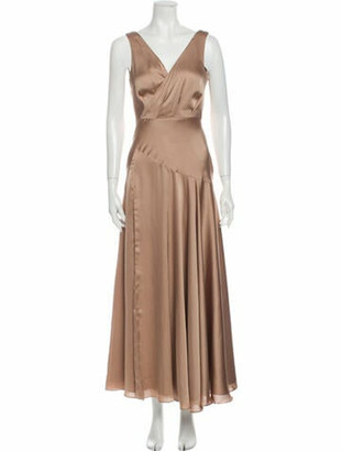 Fame & Partners V-Neck Long Dress