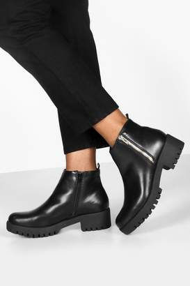 boohoo Zip side Cleated Sole Chelsea Boots