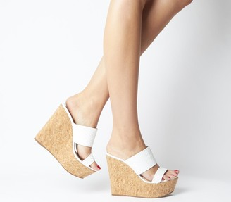 Office Humidity Glam Cork Wedge Heels White Scale Leather
