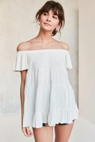 Kimchi & Blue Kimchi Blue Eliza Ruffle Tiered Off-The-Shoulder Tee