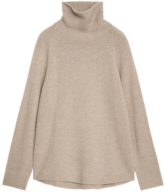 Arket Raglan-Sleeve Cashmere Roll-Neck Jumper