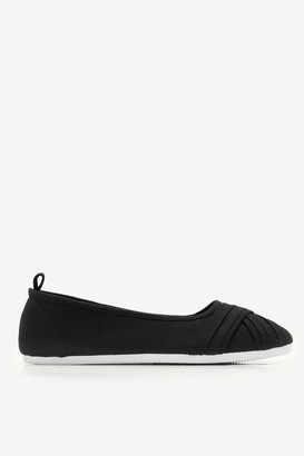 Ardene Pleated Sneakers