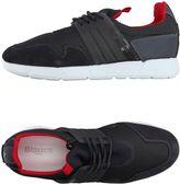 Blauer Sneakers