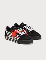Off-White Off White Canvas Arrows Low Vulcanized Sneaker