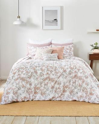Splendid Marin Comforter Set
