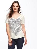 Old Navy Relaxed Graphic V-Neck Tee for Women