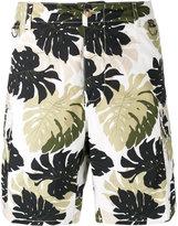 Ermanno Scervino leaf print cargo shorts - men - Cotton - 50